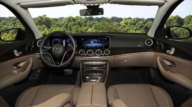 Mercedes-Benz E-Class 2021 giá từ 2,31 tỷ, cạnh tranh BMW 5-Series - 2