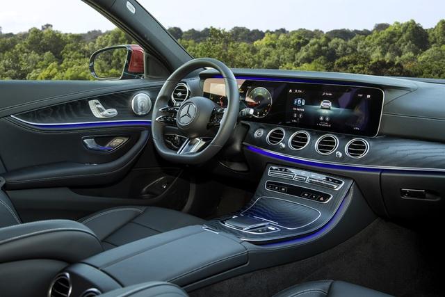 Mercedes-Benz E-Class 2021 giá từ 2,31 tỷ, cạnh tranh BMW 5-Series - 7