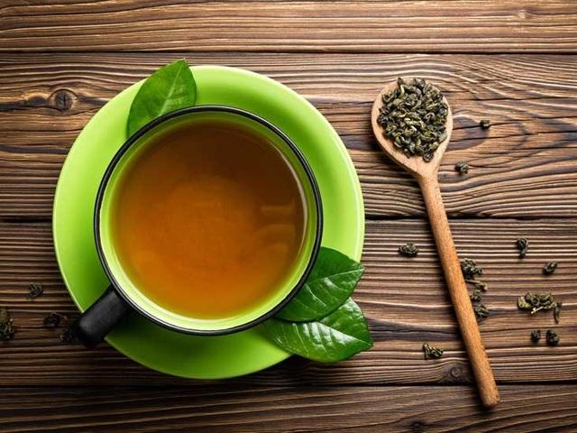 Uống trà xanh theo cách này giúp đốt mỡ, giảm vòng eo rất hiệu quả - 2