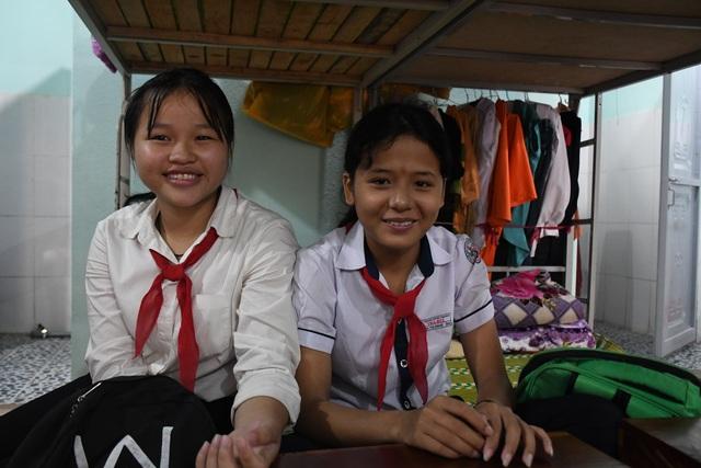 Khánh thành 3 phòng bán trú tặng các em học sinh vùng cao Quảng Ngãi - 7