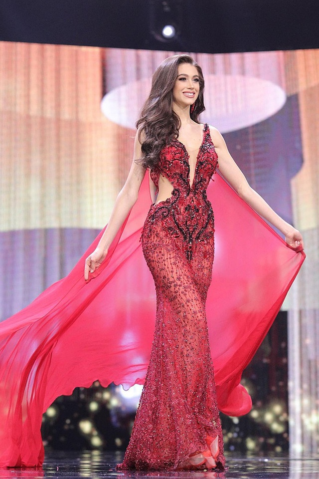 Ngọc Thảo trình diễn tại bán kết Hoa hậu hòa bình thế giới 2021 - 13