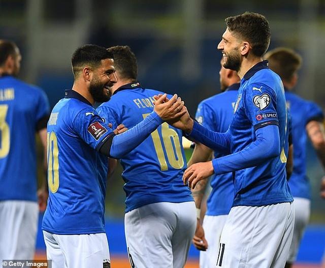 Anh, Đức, Italia thắng lớn, Tây Ban Nha hòa thất vọng - 5