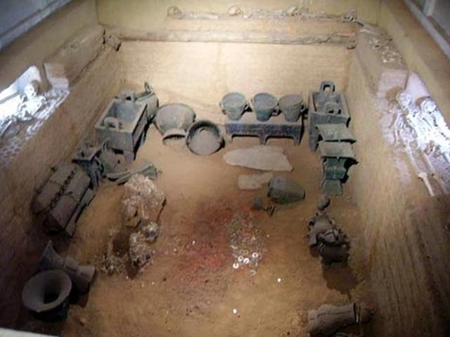 Khai quật lăng mộ nữ tướng đầu tiên ở Trung Hoa, sửng sốt với điều hiện ra trước mắt - 4