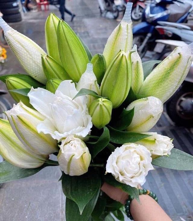 Loại hoa ly siêu đắt đỏ, chị em Hà thành ráo riết lùng mua - 4