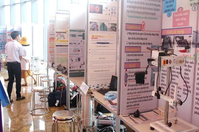 Khai mạc Cuộc thi Khoa học kỹ thuật cấp quốc gia dành cho học sinh - 11