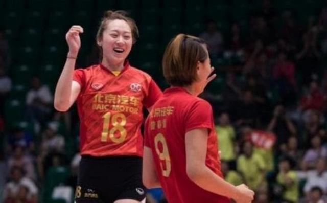 VĐV bóng chuyền xinh như thiên thần của Trung Quốc bất ngờ giải nghệ sớm - 1