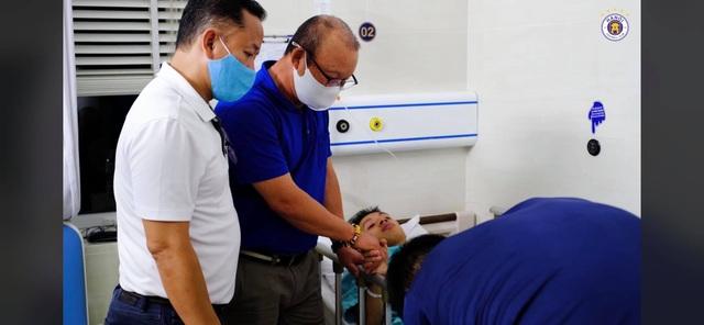 Báo Thái Lan xúc động với bức thư tay thầy Park gửi cho Hùng Dũng - 1