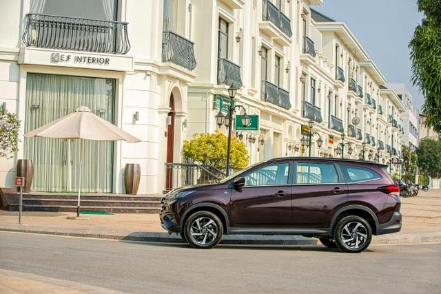 Toyota Rush: Chiếc SUV mang chất thực dụng được khách hàng yêu thích - 2