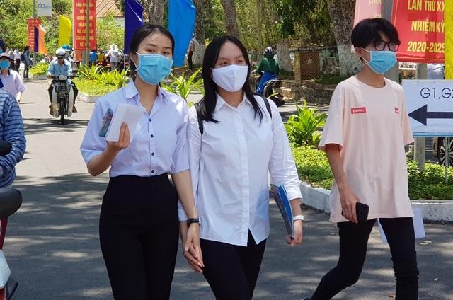 Gần 4.000 thí sinh dự thi Đánh giá năng lực tại cụm thi Nha Trang - 1