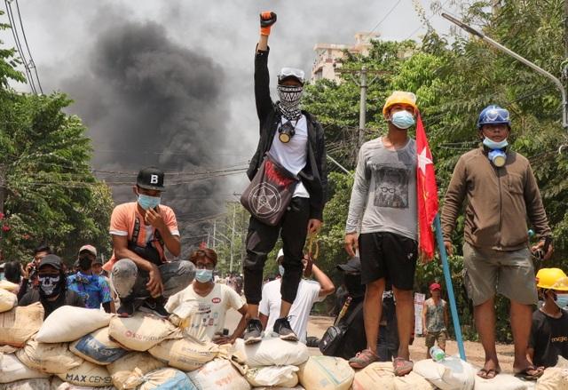 Số người chết trong ngày ở Myanmar tăng vọt lên 50 - 1