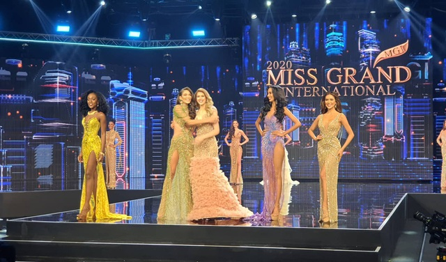 Người đẹp Mỹ đăng quang Hoa hậu Hòa bình Thế giới - 9