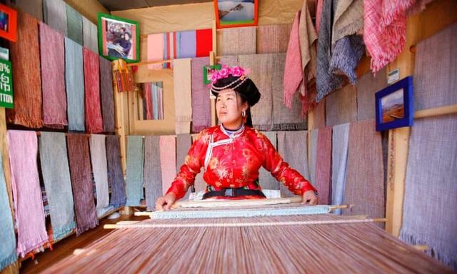 Tây Lương Nữ Quốc trên Himalaya, nơi phụ nữ có thể lấy nhiều chồng - 1