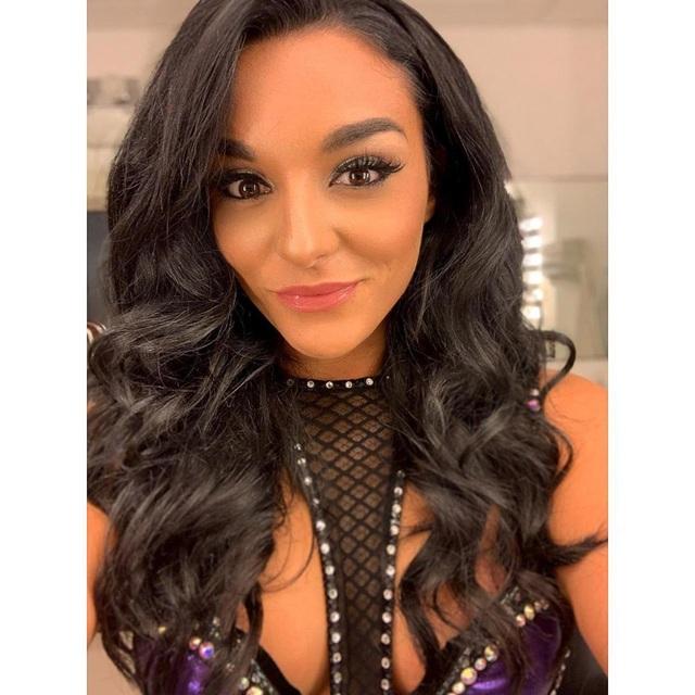 Nữ đô vật xinh đẹp chia sẻ về quyết định rời bỏ sàn đấu WWE - 2