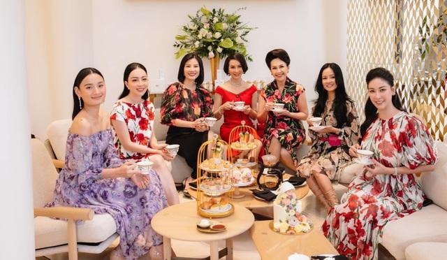 Phi Nhung bất ngờ đòi cưới danh hài Hoài Linh - 8