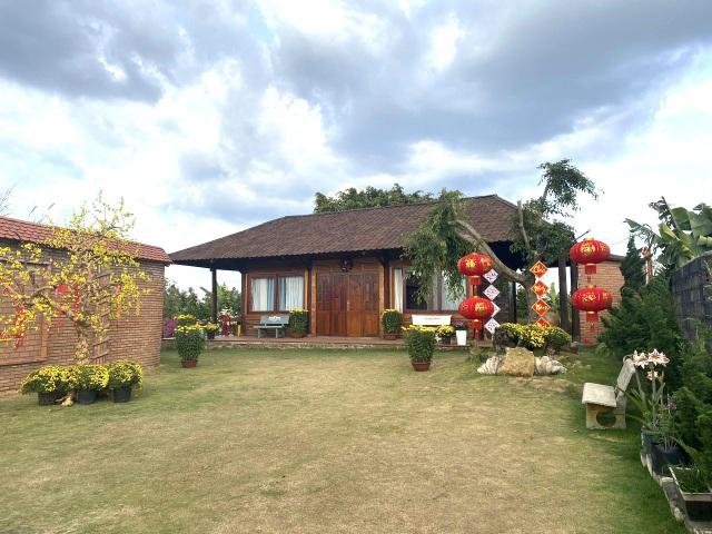 Vợ chồng Sài Gòn làm nhà vườn trốn khói bụi rộng 9.000m2 ở Đà Lạt - 1