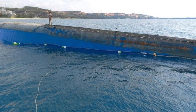 Ngày 4/4 sẽ trục vớt con tàu chìm ở biển Mũi Né - 1