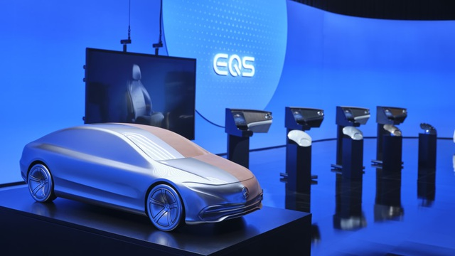 Không gian nội thất gây tò mò và choáng ngợp của Mercedes-Benz EQS - 8