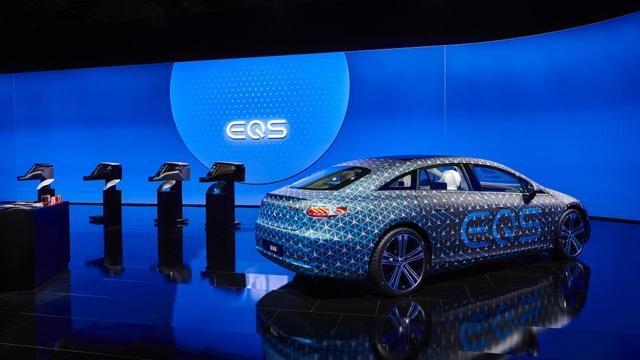 Không gian nội thất gây tò mò và choáng ngợp của Mercedes-Benz EQS - 9