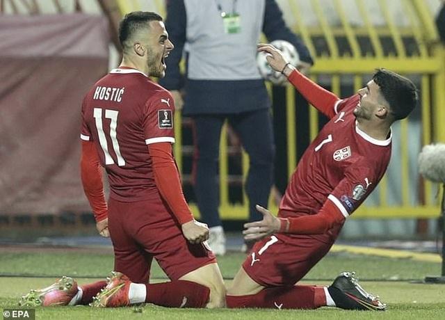 C.Ronaldo tức giận với trọng tài vì bị cướp bàn thắng - 7