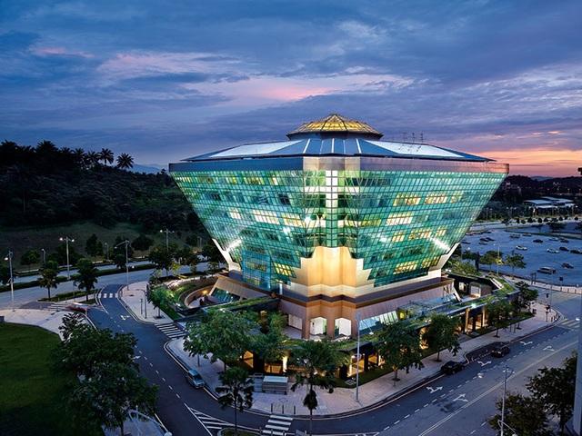 Tòa nhà kim cương siêu tiết kiệm năng lượng ở Malaysia - 1