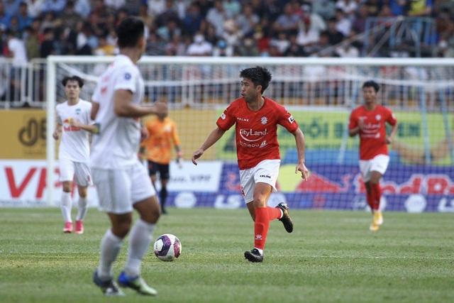 Bắt chết Lee Nguyễn, Xuân Trường sẵn sàng thay Hùng Dũng ở đội tuyển - 2