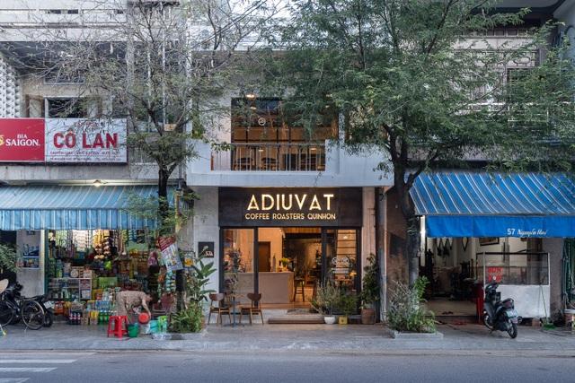Quán cà phê cải tạo từ nhà cổ, đẹp yên bình giữa lòng thành phố Quy Nhơn - 1