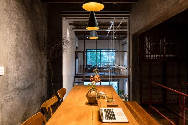 Quán cà phê cải tạo từ nhà cổ, đẹp yên bình giữa lòng thành phố Quy Nhơn - 6