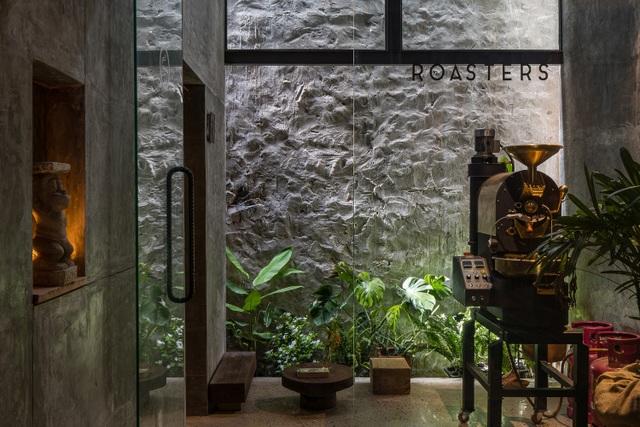 Quán cà phê cải tạo từ nhà cổ, đẹp yên bình giữa lòng thành phố Quy Nhơn - 9