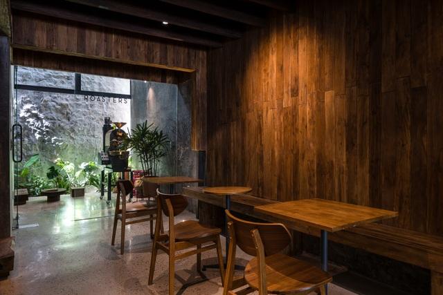 Quán cà phê cải tạo từ nhà cổ, đẹp yên bình giữa lòng thành phố Quy Nhơn - 10