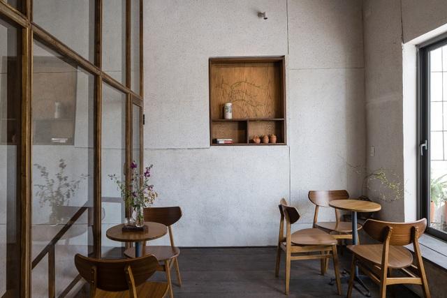 Quán cà phê cải tạo từ nhà cổ, đẹp yên bình giữa lòng thành phố Quy Nhơn - 12