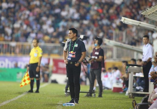Kiatisuk cao tay ấn, HA Gia Lai đủ sức vô địch V-League - 1