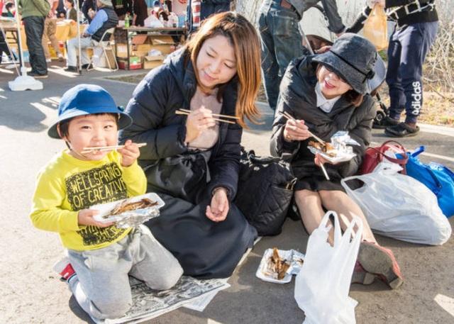 Lễ hội dành riêng cho loài cá quốc dân của đất nước Nhật Bản - 5