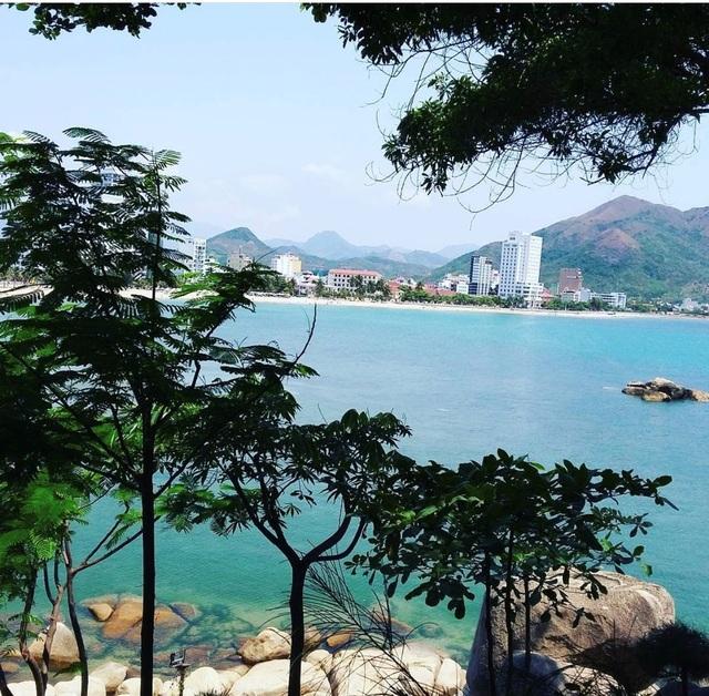 Chụp cháy máy ở 3 quán cà phê view biển hút khách bậc nhất Nha Trang - 1