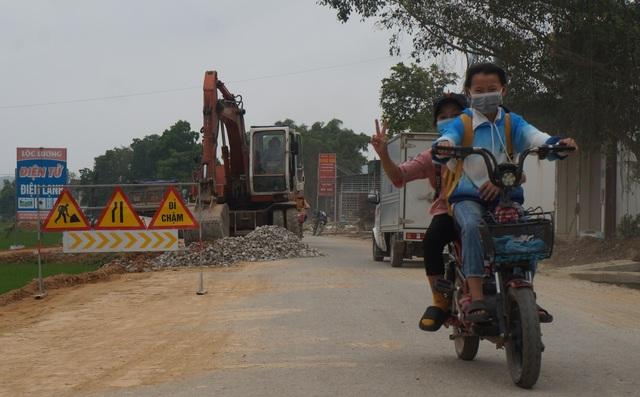 Vụ quốc lộ xuống cấp thê thảm: Yêu cầu các nhà thầu sửa chữa, khắc phục - 5