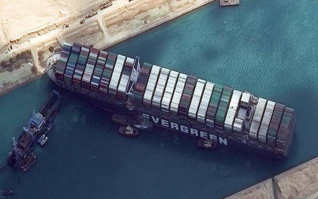 Tắc kênh đào Suez có thể gây áp lực lên lạm phát của Việt Nam? - 1
