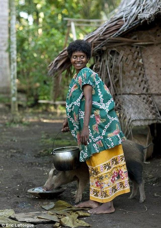 Lạ lùng lều tình yêu trên hòn đảo phụ nữ nắm quyền tuyệt đối - 2