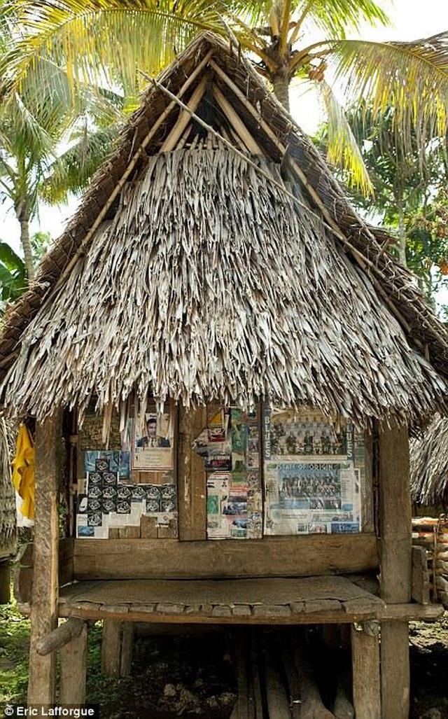 Lạ lùng lều tình yêu trên hòn đảo phụ nữ nắm quyền tuyệt đối - 3
