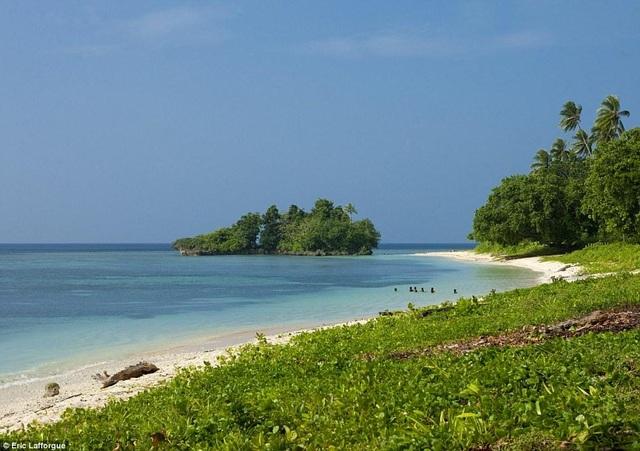 Lạ lùng lều tình yêu trên hòn đảo phụ nữ nắm quyền tuyệt đối - 4