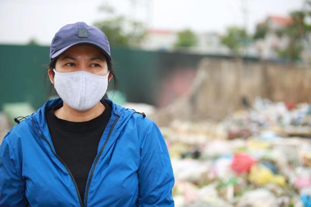 Dân lo lắng bệnh tật vì sống gần điểm trung chuyển rác - 5