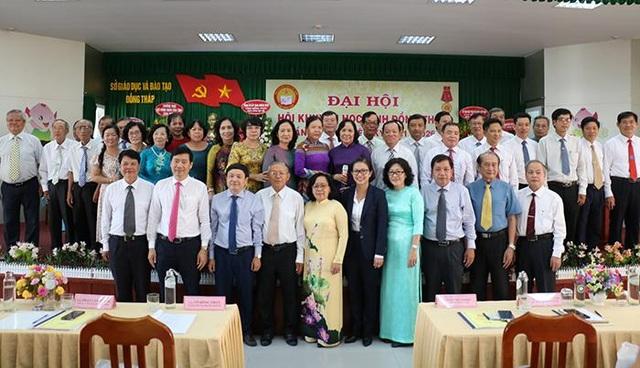 Đồng Tháp: Bà Nguyễn Thị Nhàn tái đắc cử Chủ tịch Hội Khuyến học tỉnh - 1