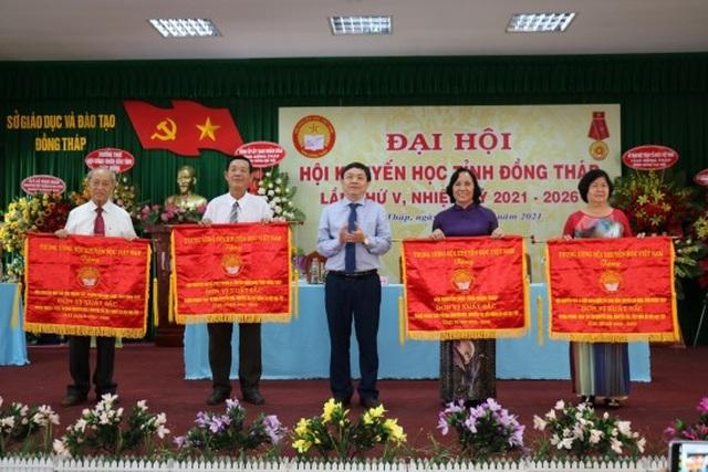 Đồng Tháp: Bà Nguyễn Thị Nhàn tái đắc cử Chủ tịch Hội Khuyến học tỉnh - 3