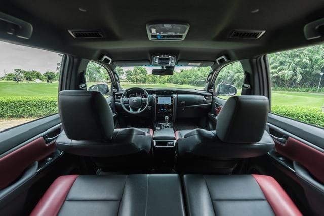 Đánh giá Toyota Fortuner 2020: Diện mạo trẻ trung, ngập tràn công nghệ - 2