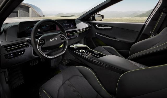 Kia EV6 gây bất ngờ với khả năng tăng tốc nhanh hơn Porsche Taycan - 11