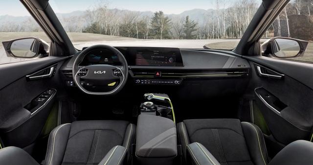 Kia EV6 gây bất ngờ với khả năng tăng tốc nhanh hơn Porsche Taycan - 10