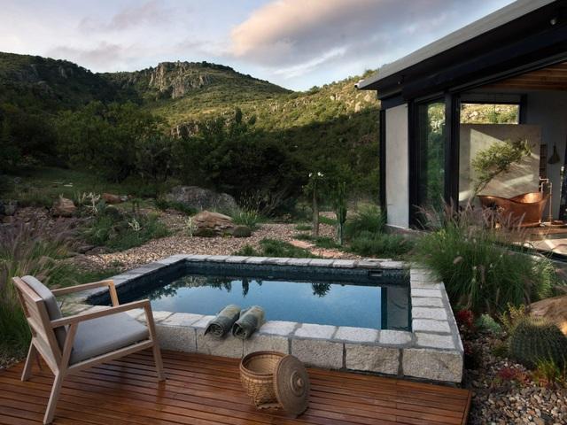 Căn nhà đẹp như mơ được xây trên tàn tích núi lửa - 9