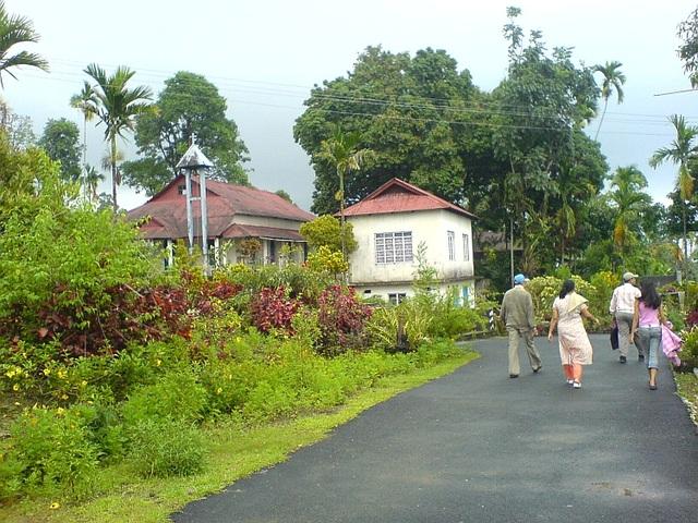 Đột nhập ngôi làng được mệnh danh sạch nhất châu Á - 4