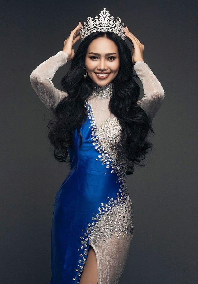Hoa hậu bị lộ ngực tại Hoa hậu Hòa bình Thế giới dự định không về nước - 8