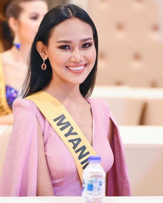 Hoa hậu bị lộ ngực tại Hoa hậu Hòa bình Thế giới dự định không về nước - 9