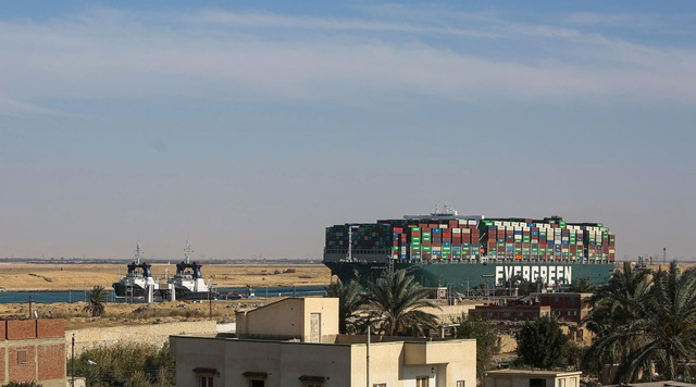 Ai phải chịu trách nhiệm về những tổn thất ở sự cố kênh đào Suez? - 1