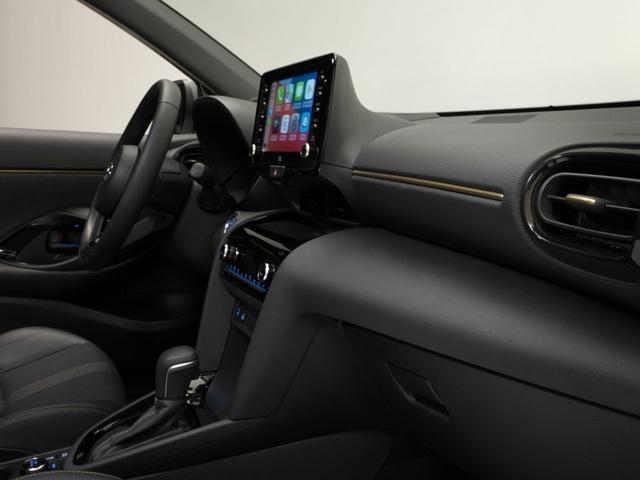 Toyota Yaris Cross Adventure 2021 chào sân, phân khúc miniSUV thêm sôi động - 2
